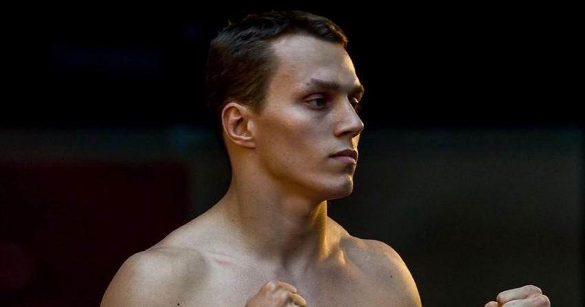 Артём Тарасов