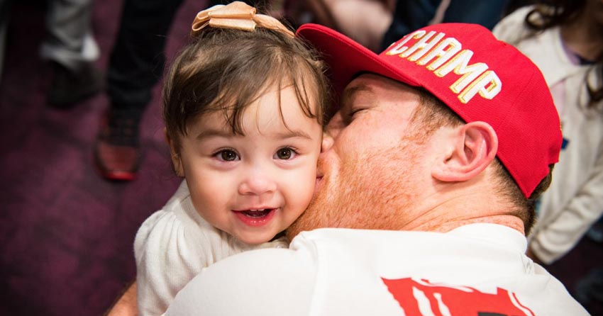 Canelo and his daughter